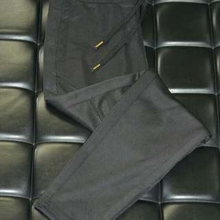 H & M Jogger Pants - Pre Owned