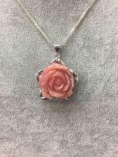 No:0520  925純銀包K金,鑲天然阿根廷紋石玫瑰花吊墜 21x21x13.5mm 超值價