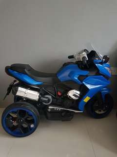 Electrical tricycle
