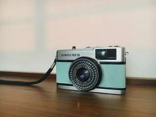 Olympus Trip 35 Vintage 35mm Film Camera (Cider Blue)