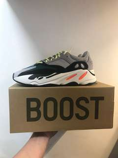 Yeezy Boost 700 Waverunner Size US8