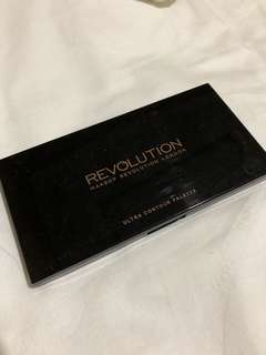 Makeup Revolution ultra color palette