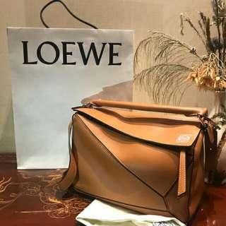 近全新正品loewe puzzle 中號 焦糖色 香港購入 附購買證明