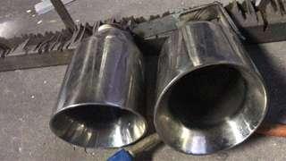 "Exhaust tips 3.5""x2 rm60"
