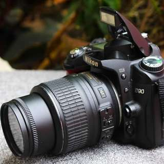 Nikon Dslr D90 for Professional Photography