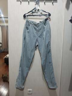 Moms jeans style