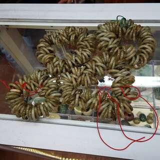 全新緬甸玉戒指 廠家存貨 廠價發售 有黃玉 花青 白底青 油青 多種尺碼 買二送一 這裏只是一小部分 歡迎任揀