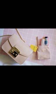 Furla Metropolis Magnolia is back!!