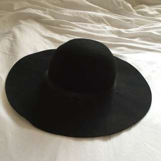 Black Floppy Festival Hat