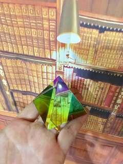 Crystal Pyramid Prisma