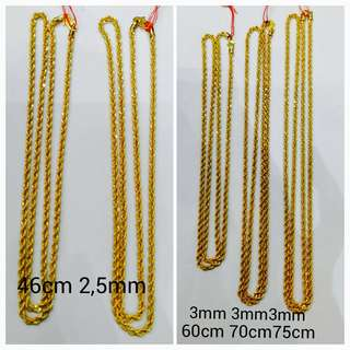 916 Gold Adult Necklace