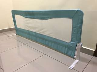 Baby bed fence