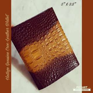 Vintage Genuine Croc Leather Wallet. Photos or front, back, outside and inside view are provided. Unused, Good Condition and no tear. $35 offer, Sms 96337309.