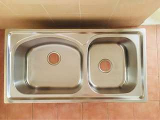 Double-bowl Stainless Steel Kitchen Sink