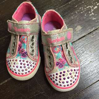 Twinkle toes sketchers shoes