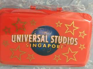 Universal studios lunch boxes. Lunch carrier