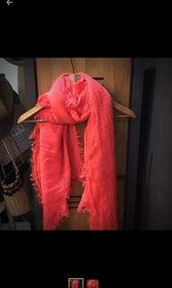 🚚 螢光粉紅柔軟圍巾