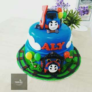 Thomas and friend cake.