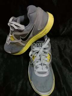 NIKE LUNARGLIDE  9/10  SZ US 6/36.5/23CM  NO ISSUE