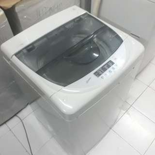 LG 6.5 fully automatic washing machine. 95%ok Good condition one month warntey 01133530275 call me WhatsApp