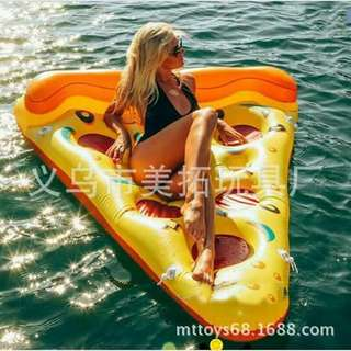 Giant pizza floater size: 1.85m