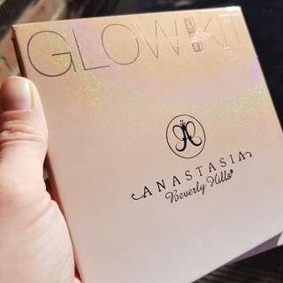 ABH 'That Glow' glow kit
