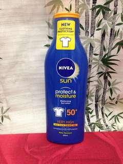 Nivea Sun Protect & Moisture SPF 50+ Clothing Protection