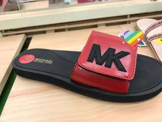 MICHAEL KORS SLIDER BLACK/RED