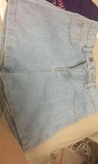 女裝水洗短牛仔褲