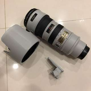 Nikon AF-S Nikkor 70-200mm f/2.8G ED VR (Grey Color)