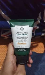 Tea Tree Flawless BB Cream Perfection The Body Shop 02