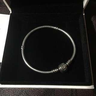 Bnew Pandora Bracelet P2700 Authentic 925 Silver 18cm