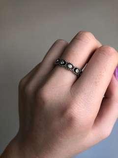 """Pandora """"Her Majesty"""" Ring"""