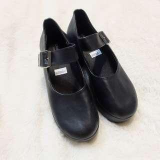 Wedges Shoes Hak Tahu Hitam