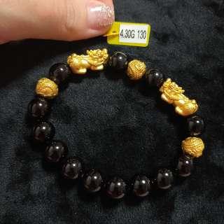 2 x pixiu and 3 x gold balls