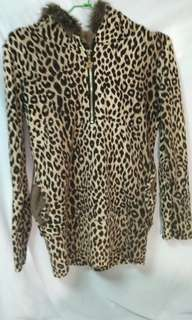 🚚 Tshirt 長袖 內刷毛 超厚 豹紋刷毛 豹紋上衣 長版