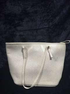 Shiq Bucket Bag