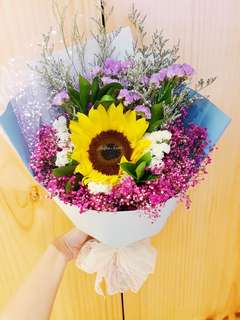 1 stalk sunflower bouquet