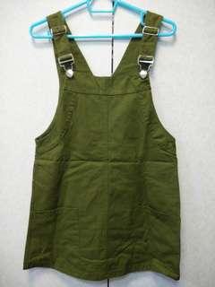 🚚 🎆軍綠色 A字吊帶裙