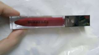 Burberry lip glow gloss
