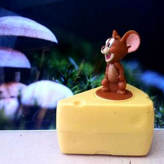Jerry Get Away Cheese - Tom And Jerry - Happy Meal Mc Donald
