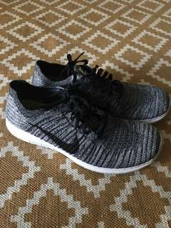Nike black and grey Fly Knits Size 12