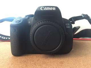 Rush sale!! Canon 700D + Kit lens and 50mm
