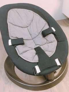 嬰兒搖搖椅