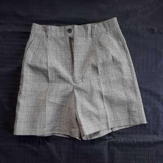 Checkerd Khaki Shorts