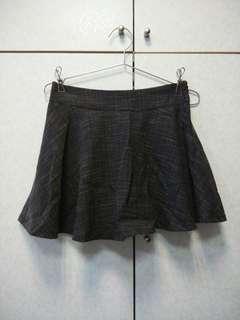 🚚 🎆灰色 自帶安全褲傘狀短裙