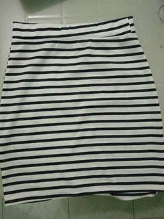 Striped Pencil Skirt Black & White Small