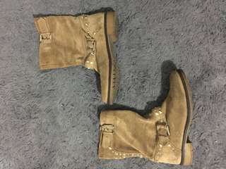 Leather boots shoes