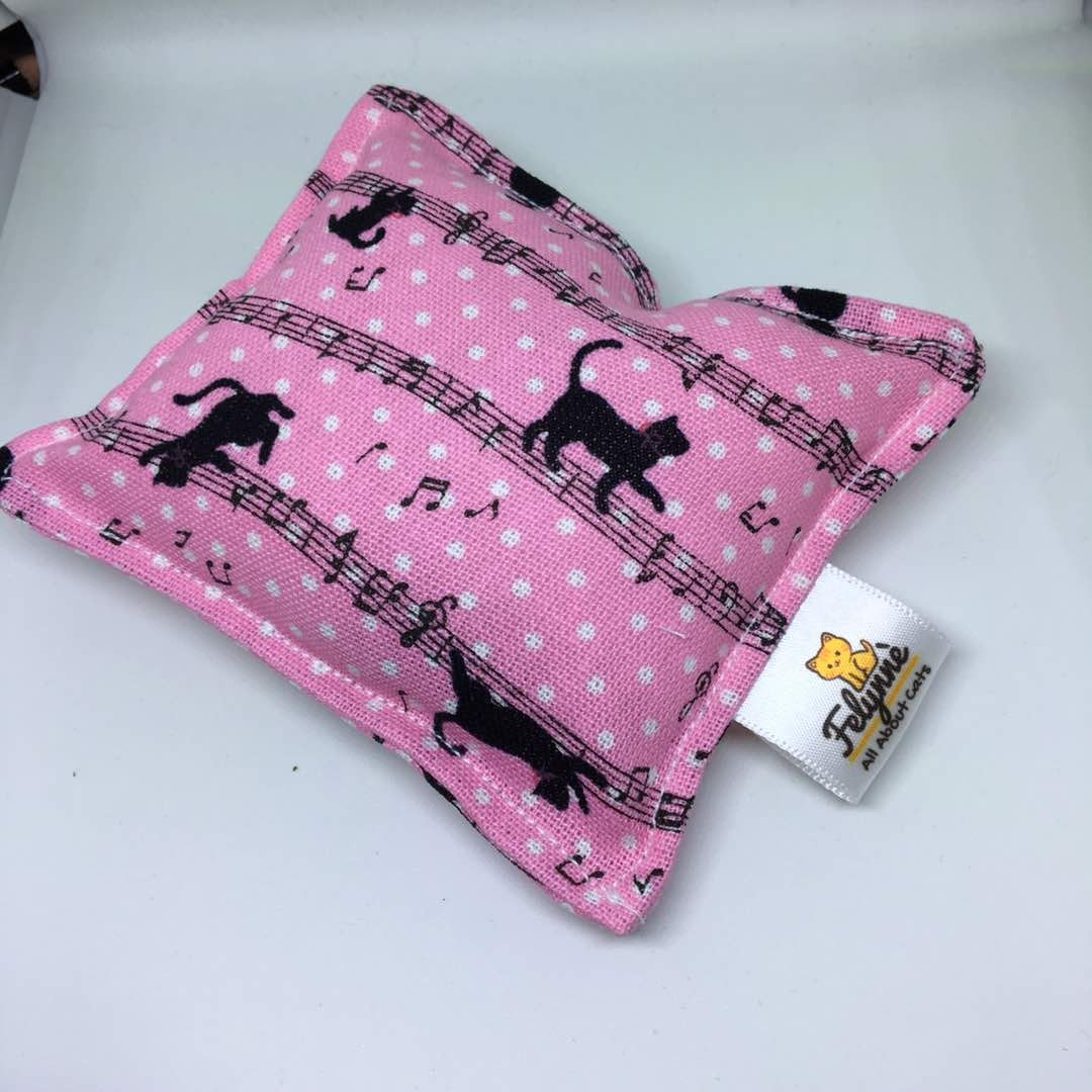 CAT TOYS - CUSHION WITH CAT NIP ~ PINK