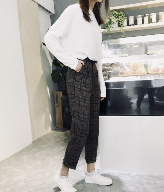 cf20d0de Checkered Pants, Women's Fashion, Clothes, Pants, Jeans & Shorts on ...